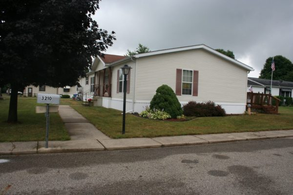 3BR Mobile Home in Country Acres Battle Creek, MI